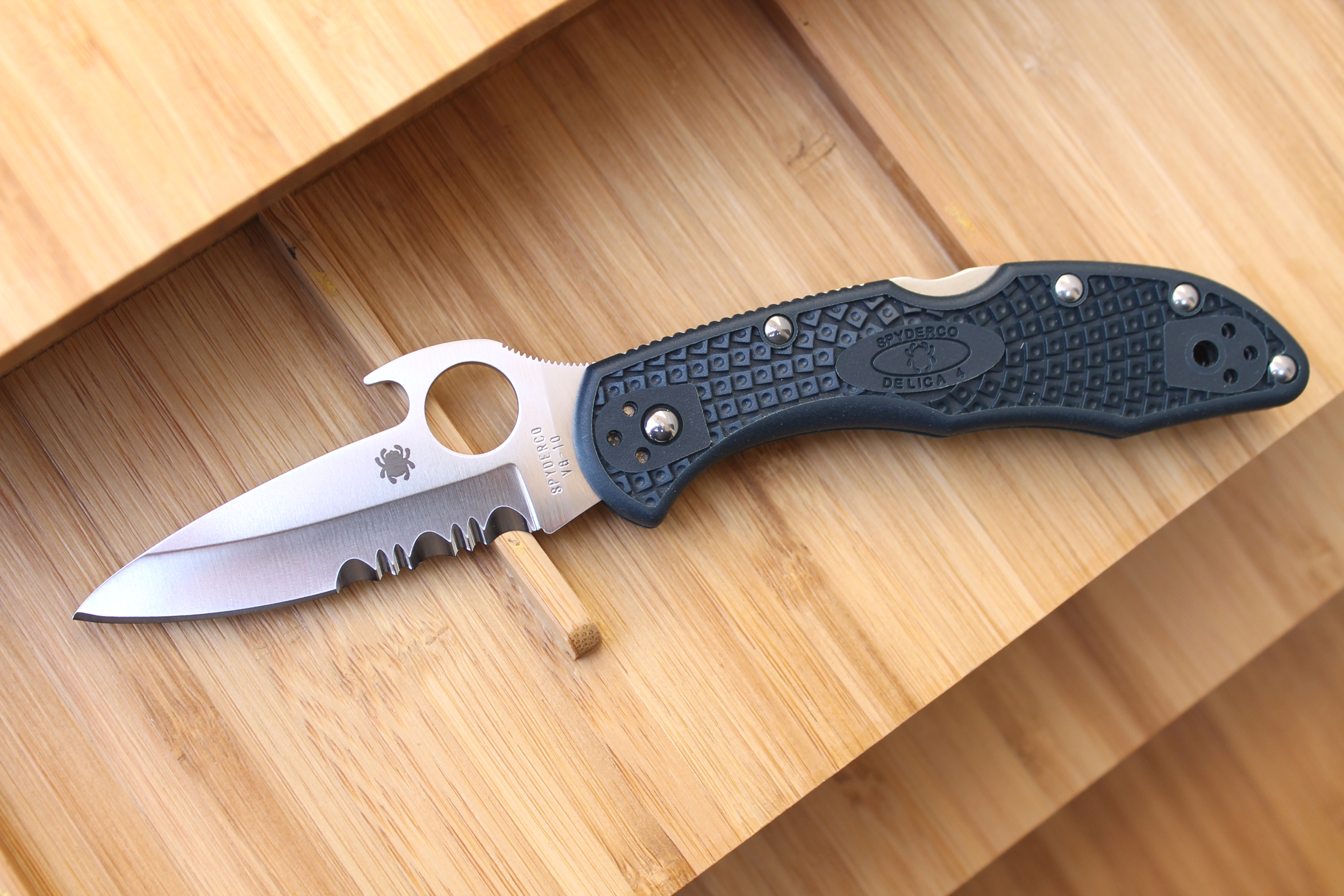 Folding Knife With Clip