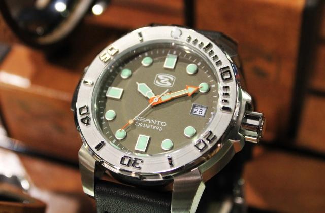 Szanto Green Diver