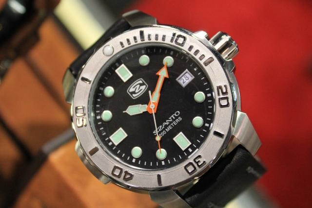 Szanto New Diver